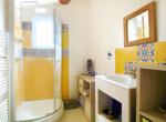 salle de douche du haut